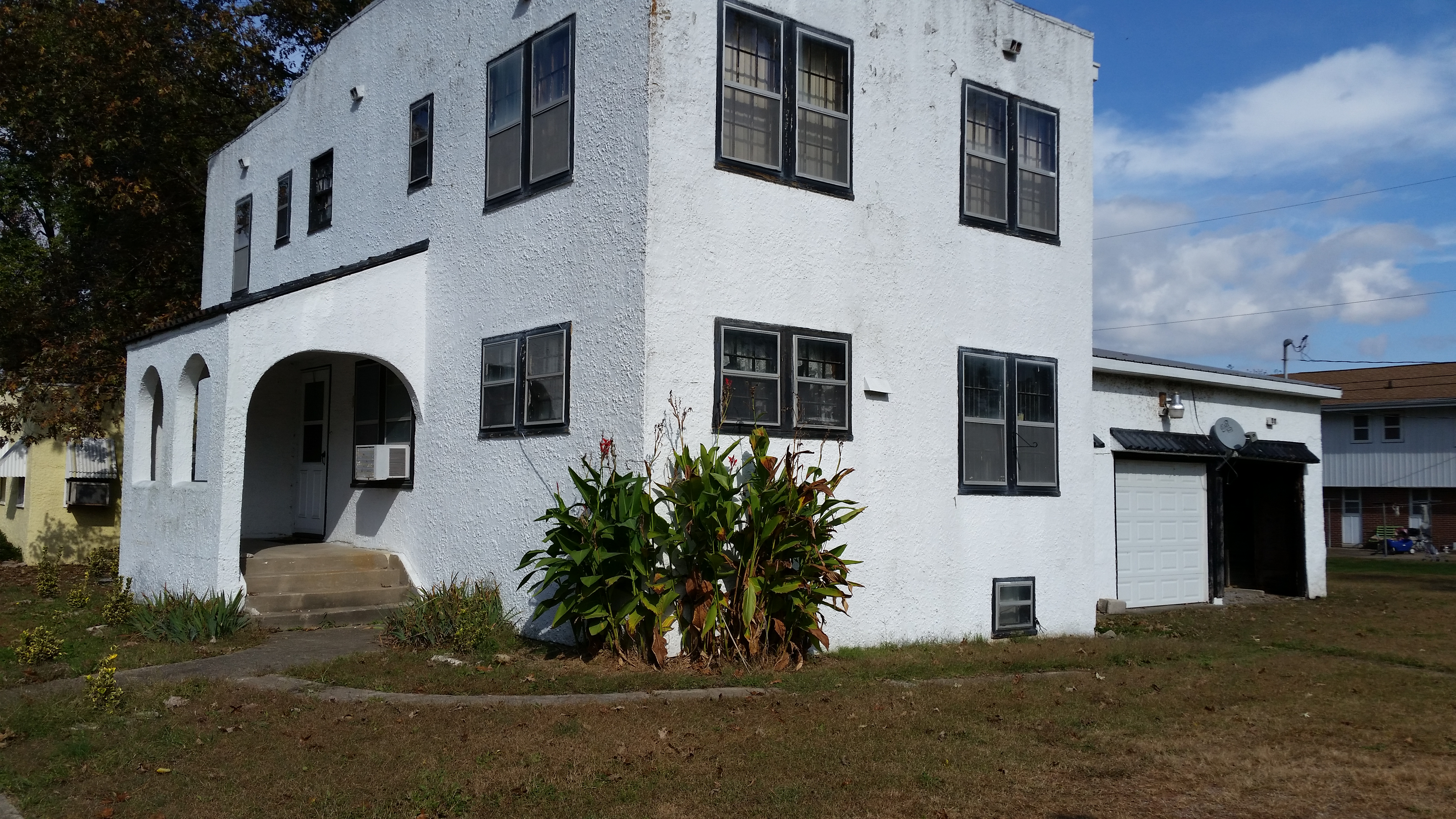 RENT TO OWN 5 Bedroom 3 1 2 Bath  5000 Down   799 per Month. Carbondale Apartments for Lease   Murphysboro Apartments for Lease